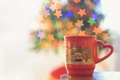 Un tè natalizio...? (mariateresa toledo) Tags: tazza tè cup tea bokeh stelle stars sony sonynex7 planart1485 zeiss dsc09651 mariateresatoledo