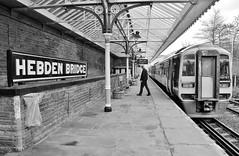 26278 (benbobjr) Tags: westyorkshire yorkshire uk gb england english britain bristish unitedkingdom greatbritain yorkshireandthehumber calderdale metropolitanboroughofcalderdale metropolitanboroughofwestyorkshire hebdenroyd hebdenbridge hebdenbridgerailwaystation hebdenbridgetrainstation hebdenbridgestation trainstation railwaystation train railway station br britishrail networkrail gradeiilisted gradeiilistedbuilding listedbuilding caldervaleline northernrail hbd