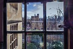 Lyra's window (Ruth Flickr) Tags: bodleian england oxford pat ruth stewart uk flare httpwwwbodleianoxacukabouthistory out pane sun university view window