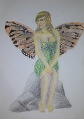 Fada - Projeto - Frente (EviLNooB1) Tags: fada fantasia asas mulher loira vestido pedra sentada fey fantasy wings blonde stone sitted frente front project