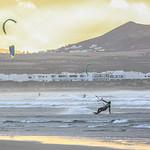"Kitesurf,-Lanzarote--(1) <a style=""margin-left:10px; font-size:0.8em;"" href=""http://www.flickr.com/photos/127607003@N02/18655924843/"" target=""_blank"">@flickr</a>"