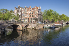 Amsterdam bridge and canal (George Pachantouris) Tags: houses holland netherlands amsterdam boat europe canals amrath