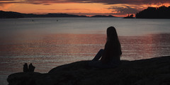 330/366: by myself (Andrea · Alonso) Tags: me selfportrait autorretrato 366 365 alone soledad isolation couple silhouette sunset atardecer