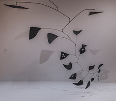 alexander calder (pbo31) Tags: sanfrancisco california nikon d810 color december 2016 boury pbo31 bayarea sanfranciscomuseumofmodernart sfmoma soma city art contemporary modern extention panoramic large stitched panorama black blackandwhite sculpture gallery alexander calder mobile