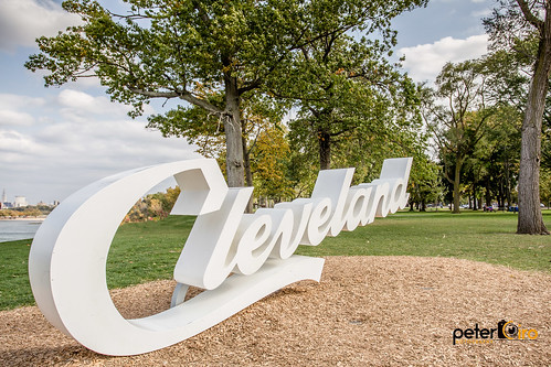 Script Cleveland Sign in Edgewater Park