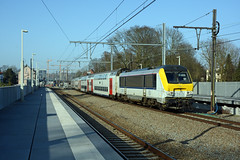 HLE 1360 + IC 2114, Watermael, 13th February 2017 (cfl1969) Tags: sncb d7100 nmbs watermael watermaal hle1360 hle13 alstom