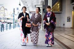 Kawaramachi kimono girls (Eric Flexyourhead) Tags: shimogyoku 下京区 kyoto 京都市 kansai 関西地方 japan 日本 kawaramachi 河原町 city urban street streetphotography portrait candid girl girls woman women japanese cute kawaii かわいい smile smiling happy kimono 着物 colourful vibrant vivid group shallowdepthoffield sonyalphaa7 zeisssonnartfe55mmf18za zeiss 55mmf18