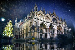 Epiphany in Magic Venice [EXPLORE, Jan 06, 2017] (BlueMaury) Tags: sanmarco venezia basilica christmastree sky night stars surreal reflections magic