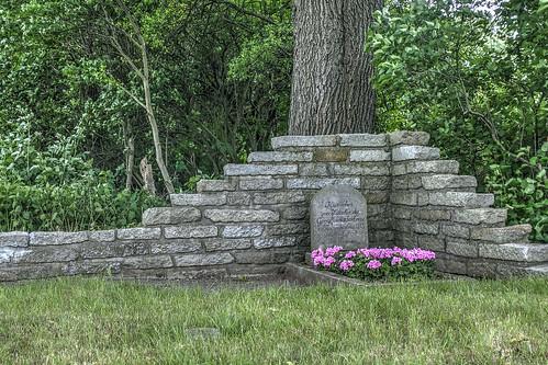 Kosackengrab an der B 79