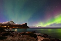 Aurora Borealis at Myrland (steinliland) Tags: auroraborealis northernlight nordlys lofotenisland sea myrland mountain