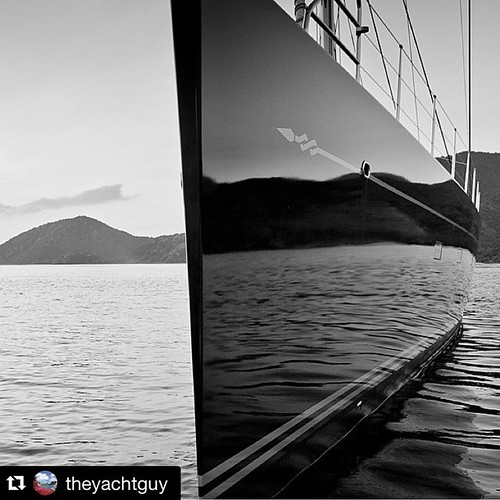 "Stylish design!!💦💧⚓️ #Repost @theyachtguy with @repostapp. ・・・ ""CINDERELLA IV"" in Antigua 