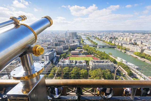 パリ市内観光+エッフェル塔(パリ発のオプショナルツアー)