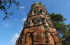 Octagonal Pagoda (Chedi) (raffaele pagani) Tags: parcostoricodiayutthaya phranakhonsiayutthaya พระนครศรีอยุธยา thailandia thailand unesco unescoworldheritagesite unescopatrimoniomondialedellumanità patrimoniodellunesco patrimoniomondialedellumanità canon