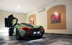 Matte Green. (Alex Penfold) Tags: mclaren p1 matte green supercar supercars super car cars autos alex penfold 2017 camo army qatar middle east military