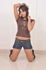 South Actress SANJJANAA Unedited Hot Exclusive Sexy Photos Set-16 (7)