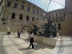 Musee de Louvre!