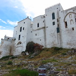 "Ostuni <a style=""margin-left:10px; font-size:0.8em;"" href=""http://www.flickr.com/photos/14315427@N00/19349913575/"" target=""_blank"">@flickr</a>"