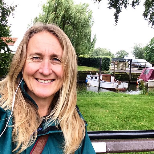 Glad we bought our rain coats on our trip around the world :) #upsticksandgo #rain #travel #instagood #instatravel #instatourist #travellingtheworld #tourist #exploring #michfrost #unitedkingdom #beccles #becclesquay
