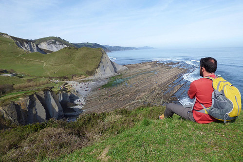 spain-basque-country-inn-to-inn-zumaia-flysh-cliff-camino-8