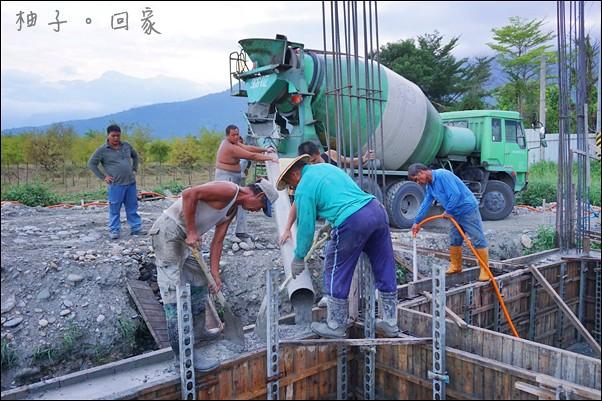 地樑灌漿 (1)