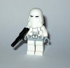 lego 25416 1 star wars advent christmas calender 2016 day 06 snowtrooper minifigure a (tjparkside) Tags: lego 254161 25416 star wars advent licensed christmas calender 2016 minifigure figures figure mini model models sw boba fett fetts slave i 1 bespin guard tie interceptor fighter imperial navy trooper hoth snowtrooper cannon rebel rebels soldier battle droid roger jedi starfighter u 3po u3po protocol power droids gonk luke skywalker endor capture master knight outfit stormtrooper stormtroopers white wookie snow chewbacca sith republic speeder cruiser tantive snowman blaster blasters empire seasonal