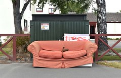 free couch (stephen trinder) Tags: couch sofa settee furniture free dumped junk old discarded roadside waste used thecouchesofchristchurch stephentrinder stephentrinderphotography freesofa sofafree