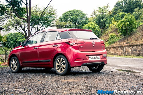 Hyundai-Elite-i20-Long-Term-5