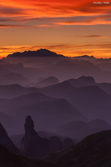 Dedo de Deus (Waldyr Neto) Tags: mountains sunrise landscape paisagem amanhecer montanhas dedodedeus serradosórgãos morroaçu cloudsstormssunsetssunrises