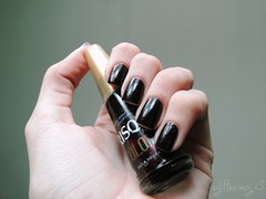 Viúva Negra - Risqué (Giovanna N. (Glittering)) Tags: unhas risque esmalte