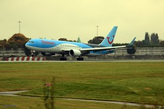 Thomson G-OBYE J78A0686 (M0JRA) Tags: manchester airport planes jets flying aircraft thomson gobye