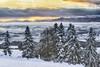Frohe Weihnachten! (Schneidersphotography) Tags: winter christmas snow schnee mountains berg berge kalt cold ice icy eisig früh sun sunrise sonnenaufgang nikkon nikkor manfrotto nd lee trees alps alpen bayern bavaria germany deutschland europe voralpenland schwaben alpenrand wolken clouds ausblick ngc 3xp
