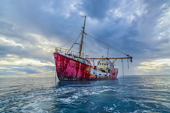 my ship had sailed (Keegan L) Tags: dominica caribbean boat ship sea ocean sky travel sailing oceanlover nikon d810 21mm zeiss distagon zeiss21mm westindies oceanveiw epic