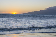 Papalua Wayside Beach Sunset (fotofrysk) Tags: sunset usa beach hawaii maui pacificocean lanaiview wavelet auauchannel papaluawaysidepark nikond7100 201411274476