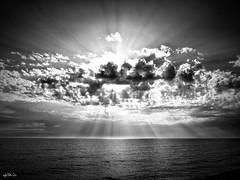 Puesta de sol en Rota (Cádiz)... (Lola Cortés Neva) Tags: en sol de lola puesta cádiz neva rota cortés lolacortésneva