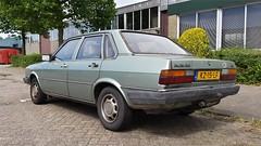 Audi 80 1.8 GL (sjoerd.wijsman) Tags: auto holland green cars netherlands car sedan groen nederland thenetherlands delft vert voiture holanda autos grün audi 80 saloon paysbas berline olanda fahrzeug niederlande zuidholland audi80 onk carspotting berlina carspot stufenheck sidecode4 kz15lf 26072015