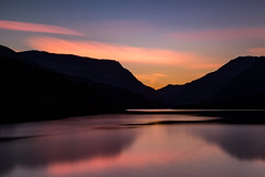 5 minutes of sunlight (A Crowe Photography) Tags: sunrise sun morning wales welshflickrcymru welshphotographer welshphotography welshlandscape northwales snowdonia snowdonianationalpark llynpadarn canon6d longexposure longexposurephotography