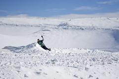DSC_4929 (Dan_lazar) Tags: hermoun mountain snow israel north nature ski cold ice חרמון הר ישראל גולן סקי שלג קרח קור אנשים לבן צפון יום