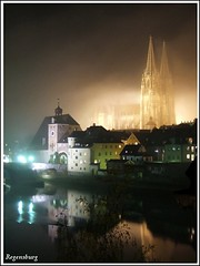 Night view of Regensburg, Dom St. Peter