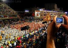 Carnaval - Rio de Janeiro - Brazil - Primeiras fotos no Flickr. (  Claudio Lara ) Tags: carnival girls brazil sexy girl rio sex brasil riodejaneiro canon samba rj brasilien cristoredentor corcovado copacabana jardimbotnico gata carnaval sugarloaf podeacar botafogo claudio jmu urca niteroi karneval grumari brsil mangueira doisirmos pedradagvea pedrabonita carnivals piratininga sambdromo jmj salgueiro brazili morrodoisirmos enseadadebotafogo praiavermelha  claudiolara christredeemer donamarta mirantedonamarta  riodejaneirobrasil marqusdesapuca vilaisabel  unidosdatijuca botafogobeach rio40 cidadeolimpica brazil2014 brasil2014  rio2016  sambdromodorio  rio2014 serenodecampogrande claudiol rio2013 jmj2013  carnaval2014 atraesdorio carnivalbyclaudio praiadebotafogonyd2013