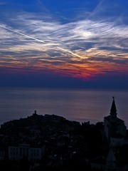 Piran sky painting (Mixmaster) Tags: sunset color colour 2004 lines clouds geotagged europe sundown slovenia piran interrail smalltown adriatic p1f1 aplusphoto paintthatsky myfavoritepartofeurope
