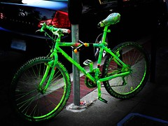 Alien bike (Magali Deval) Tags: sanfrancisco california green bike topv111 510fav interestingness interesting lomo market alien mostinteresting marketstreet incrediblehulk interestingness153 i500 explore22aug2005 hulksbike twtmesh170817