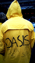 Oasis (If you are lost. I am found.) Tags: oasis yellow raincoat