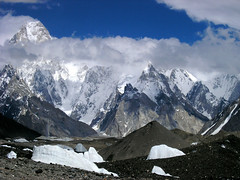 P7161472 (Kelly Cheng) Tags: pakistan mountain glacier baltoro trekday6urdukastogoroii gasherbrum4 summitgasherbrumiv altitude7925m elevation75008000m mountainshimalaya