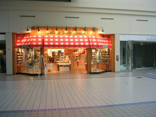 Bath and Body Works - Eastland Mall - Tulsa, OK