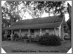 Teford Weaver's Home (Old Shoe Woman) Tags: usa georgia southgeorgia dilosep05 dilosep05bw mrweaver loghome familyhomeplace newlois berriencounty dilosept05bw dilosept05