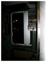 To open and shut the doors (lizzyfc) Tags: cta redline 2am chicagotransit thel howardstop