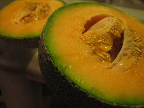 Commoving Cantaloupe.