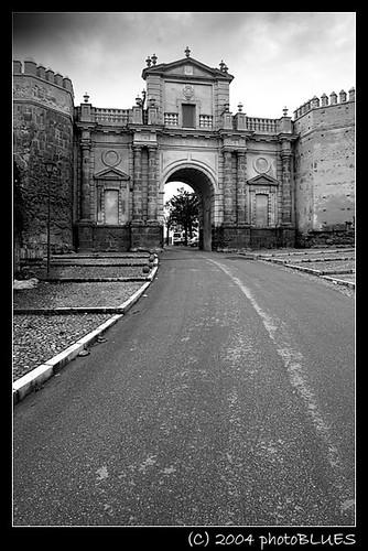 01 Puerta de Cordoba