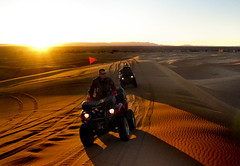 AVENTURA EN MARRUECOS (photojordi) Tags: light luz sports canon de dessert photography eos photo amazing sand 2000 foto 4x4 photos dunes sunsets quad lo best adventure arena most morocco fotos views maroc desierto sunrises fotografia jordi buggy incredible marruecos 1000 marroc dunas mejor aventura mejores bests increible espectacular ilustrated wwwphotojordicom photojordicom photojordi