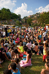 all these people... ( Tatiana Cardeal) Tags: 2005 brazil people brasil digital magazine children hope community published sopaulo revista memories photojournalism documentary forsakenpeople orphanage future carf diadema tatianacardeal streetkids favela slum ong ngo brsil thebigissue documentaire globalpoverty documentario childrenatriskfoundation urbancondition